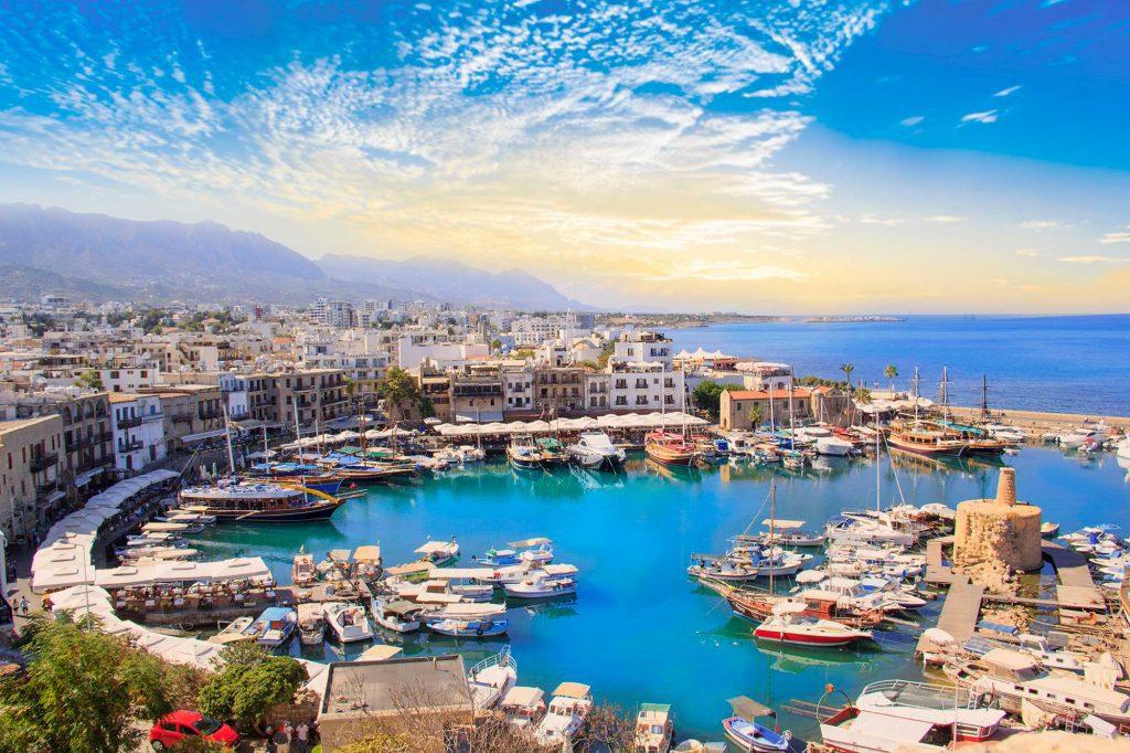 Cảnh đẹp của Vịnh Kyrenia ở Kyrenia (Girne), Bắc Síp